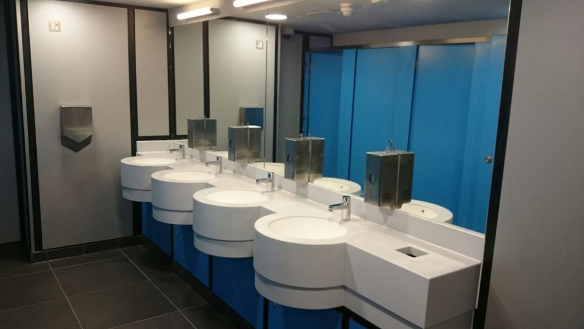 changing room sinks and vanity units