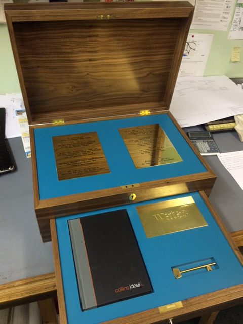 bespoke joinery - presentation box
