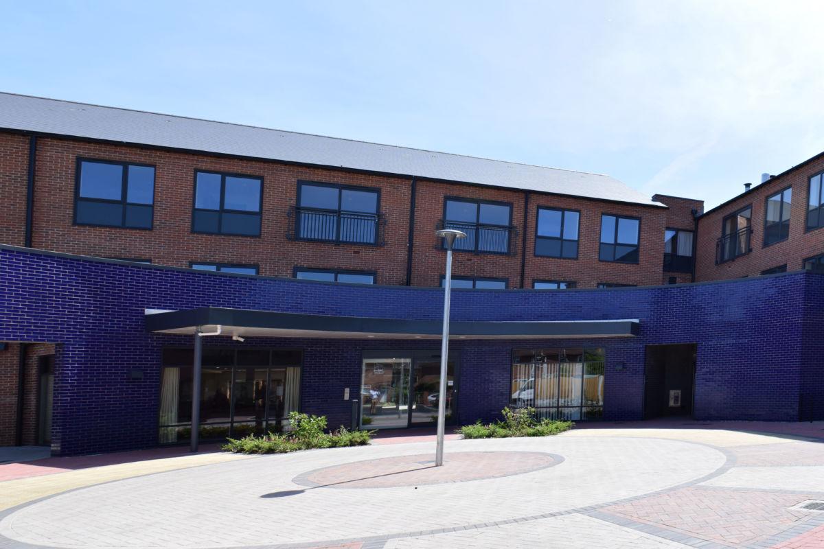 Bromford care home school gardens Stourport - entrance panorama