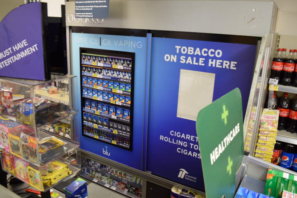 Imperial Tobacco Blu Vaping POS in door