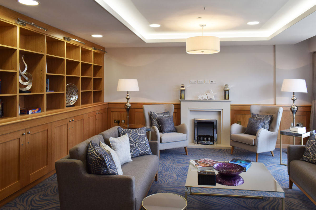 bespoke joinery - library shelving - retirement home