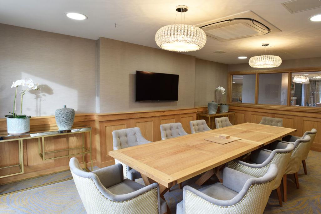 bespoke joinery oak paneling - retirement home dining room