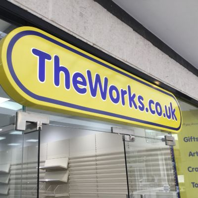 the Works.co.uk logo board